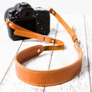 Dây đeo máy ảnh da thật nâu vàng PKDDDDMA0001-VB