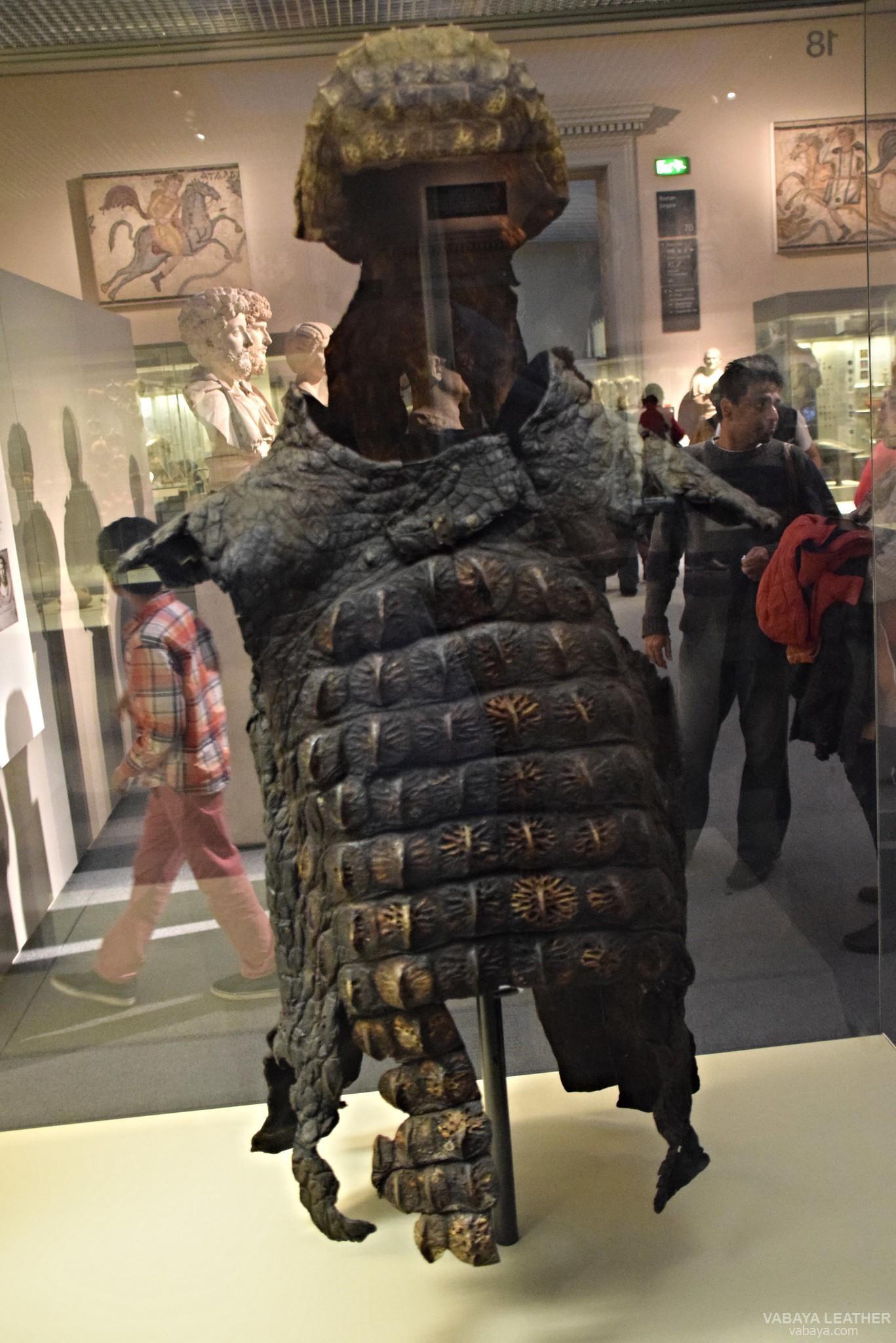 áo giáp da cá sấu