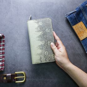 Ví dài cầm tay handmade da kỳ đà Ví SASAROO08