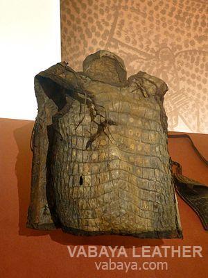 Áo giáp được làm từ da cá sấu